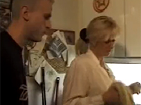 Deutsche Hausfrau von Jungspund gefickt